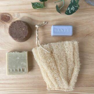 kit zero waste mimate con champu sólido, desodorante, esponja estuche de luffa y jabón en pastilla