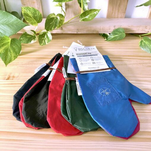 manoplas reutilizables, alternativa a los guantes desechables